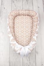 фото подушки-позиционера для сна AmaroBaby кокон-гнездышко, LITTLE BABY в цвете Короны