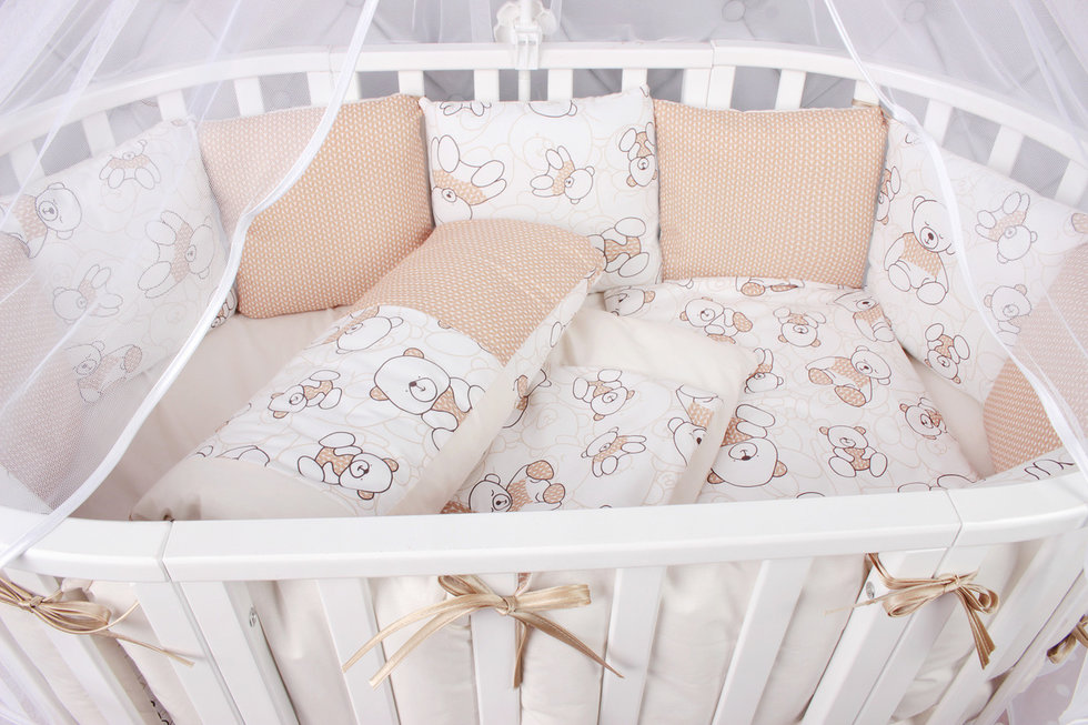 """фото комплекта в кроватку 19 предметов (7+12 подушек-бортиков, лоскутное одеяло) AmaroBaby ТРИУМФ в цвете """"бежевый"""""""